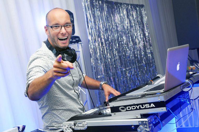 DJ - Yannick Proulx